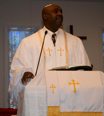Pastor Groover